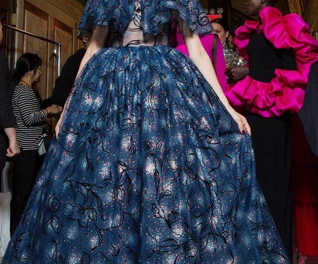 Selami Keajaiban New York Fashion Week Backstage