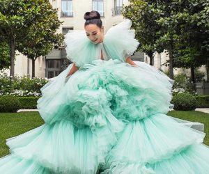 """8 Wanita """"Crazy Rich Asians"""" Sebenar Dalam Dunia Fesyen"""